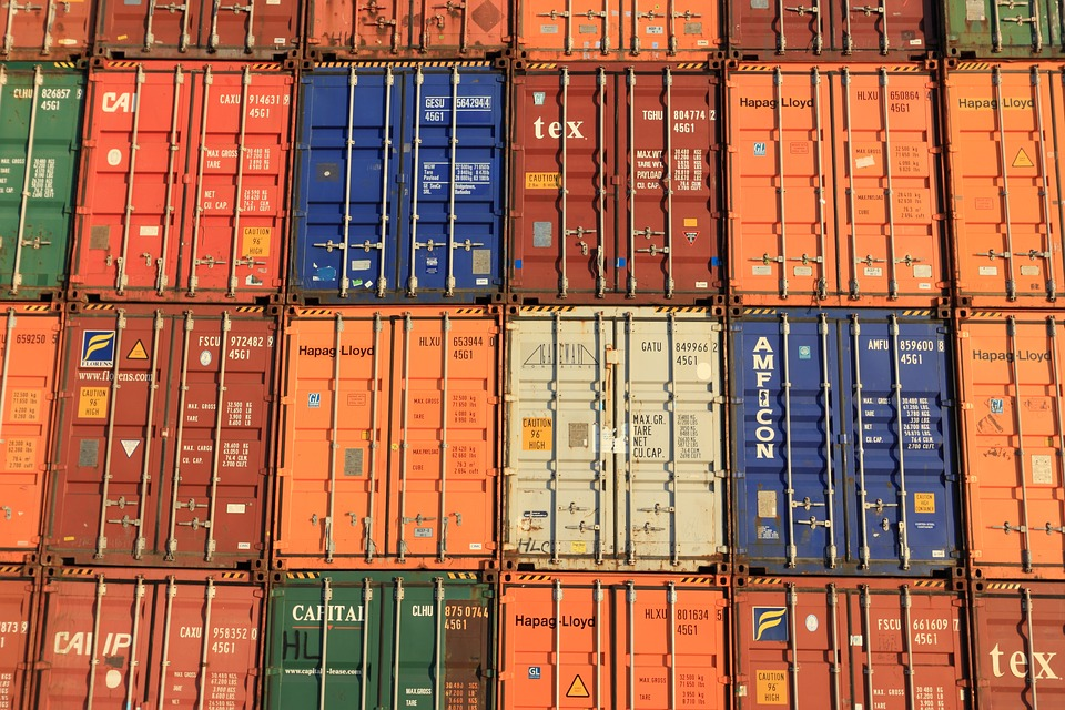 freight forwarder shipping